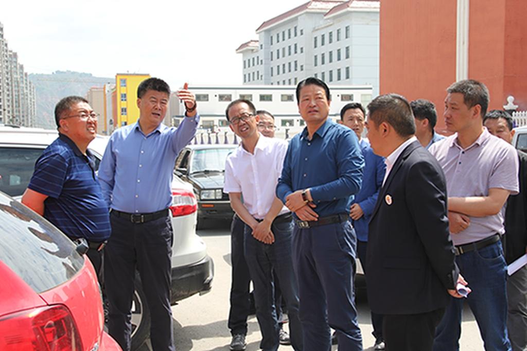 """渭源县开展安全生产检查和""""暖企""""服务"""